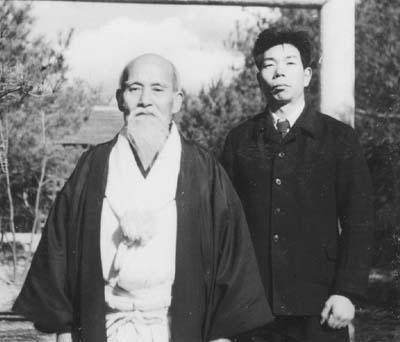 Morihei-Ueshiba-and-Morihiro-Saito